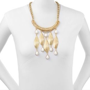 """Lilly Pulitzer """"She Shells"""" necklace"""